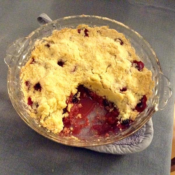vegan blackberry crumble